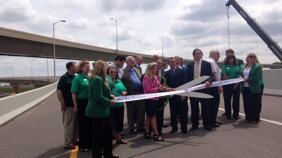 State and local officials hold a ribbon-cutting ceremony for the new flyover ramps connecting highways 41 and 29 in Brown County, June 23, 2014. (WLUK/Gabrielle Mays)