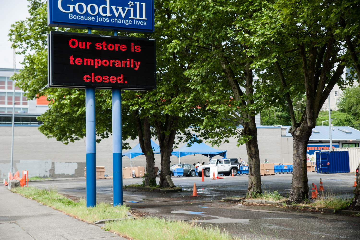 "Looks like folks are cleaning house! Since the reopening of several locations on May 3, Goodwill stores (especially this one, on Dearborn) have seen huge lines circling the block to make donations. A rep from Goodwill said donors have been waiting upwards of 90 minutes to drop things off - mostly clothing, lots of toys and small appliances. When received, items are disinfected and then staged for a quarantine period. More info on donation protocols{&nbsp;}<a  href=""https://seattlegoodwill.org/locations?gclid=Cj0KCQjwzZj2BRDVARIsABs3l9Iue-5i7CCG89J-j3tk4A3T-ouBh7C5yrRvh5McBMvRVoclRKG482oaAgy3EALw_wcB"" target=""_blank"" title=""https://seattlegoodwill.org/locations?gclid=Cj0KCQjwzZj2BRDVARIsABs3l9Iue-5i7CCG89J-j3tk4A3T-ouBh7C5yrRvh5McBMvRVoclRKG482oaAgy3EALw_wcB"">online</a>. (Image: Elizabeth Crook / Seattle Refined){&nbsp;}"