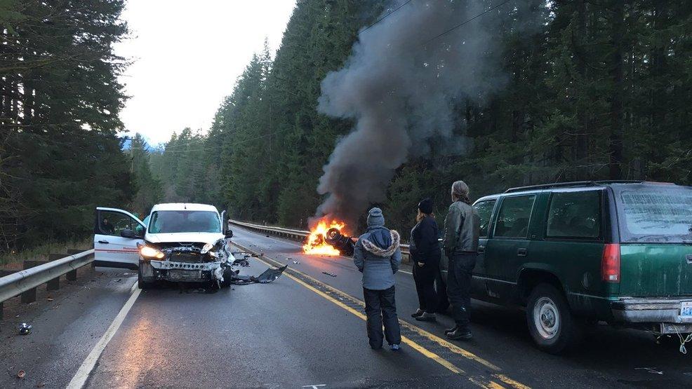 1 Dead After Van Vs Motorcycle Crash On Highway 2 East Of Skykomish