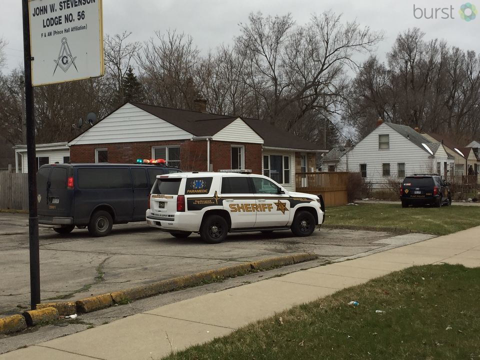 A Flint mother put some of her children in a suitcase and set them out to the road as Child Protective Services came to take custody of them, according to Flint police.{&amp;nbsp;}(Photo: WEYI/WSMH)<p></p>