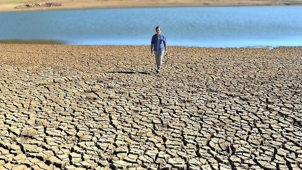 Imagine a day without water - Mail Tribune