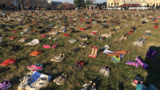 7K pairs of shoes cover Capitol lawn to honor kids killed in shootings since Sandy Hook