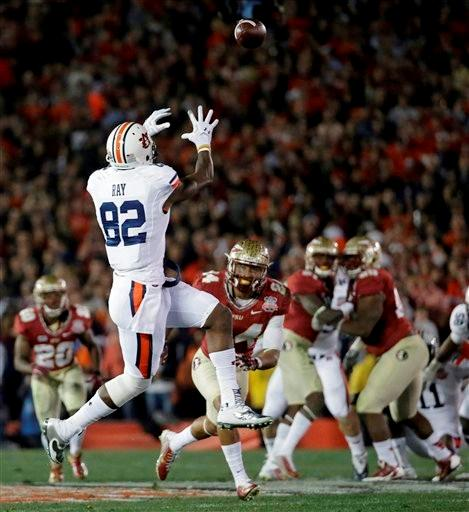 Auburn's Melvin Ray catches touchdown pass during the first half of the NCAA BCS National Championship college football game against Florida State Monday, Jan. 6, 2014, in Pasadena, Calif.