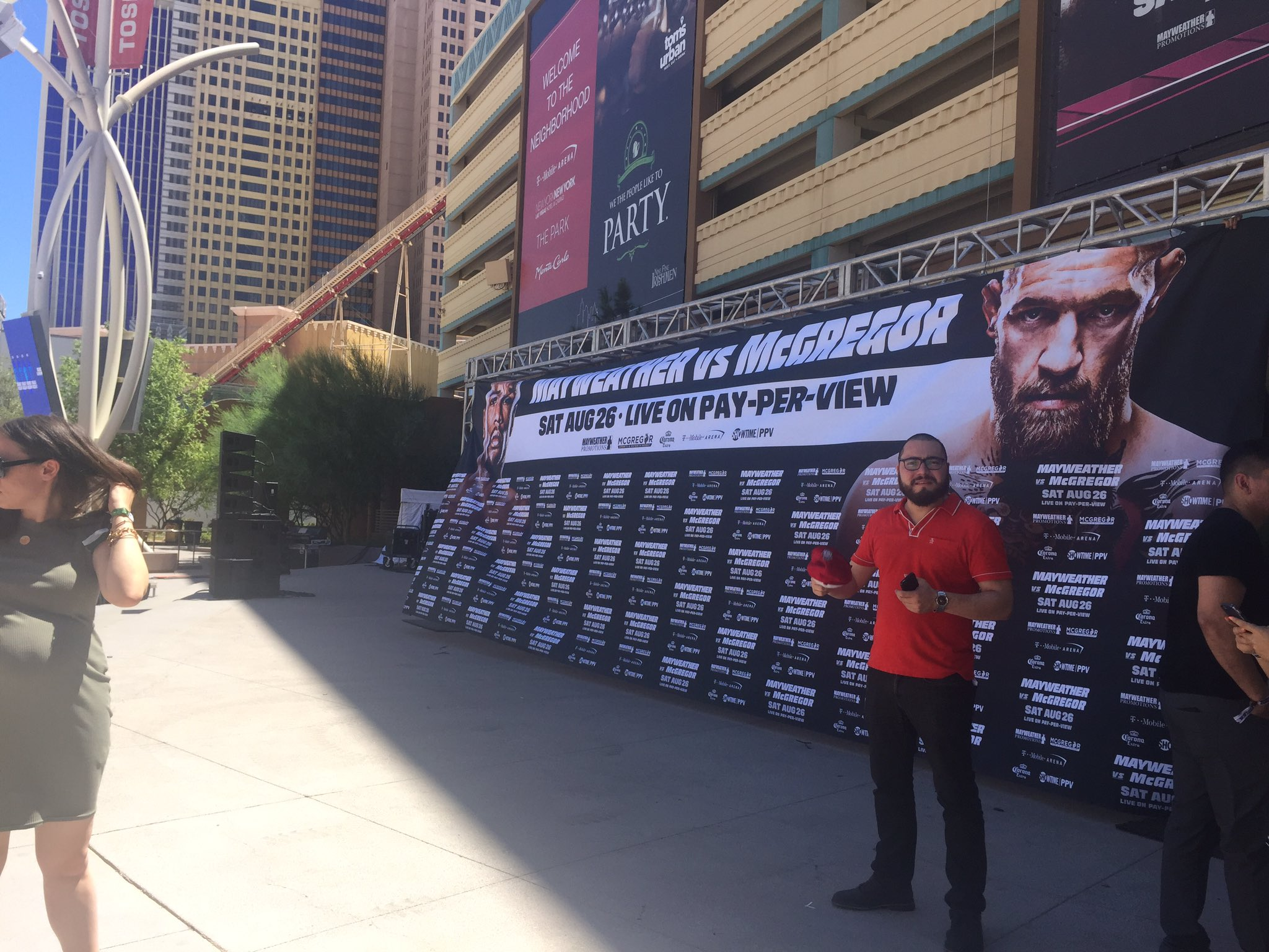 The stage is set for the Mayweather-McGregor grand entrance ahead of their Aug. 26 fight at T-Mobile Arena. (Antonio Castelan | KSNV)