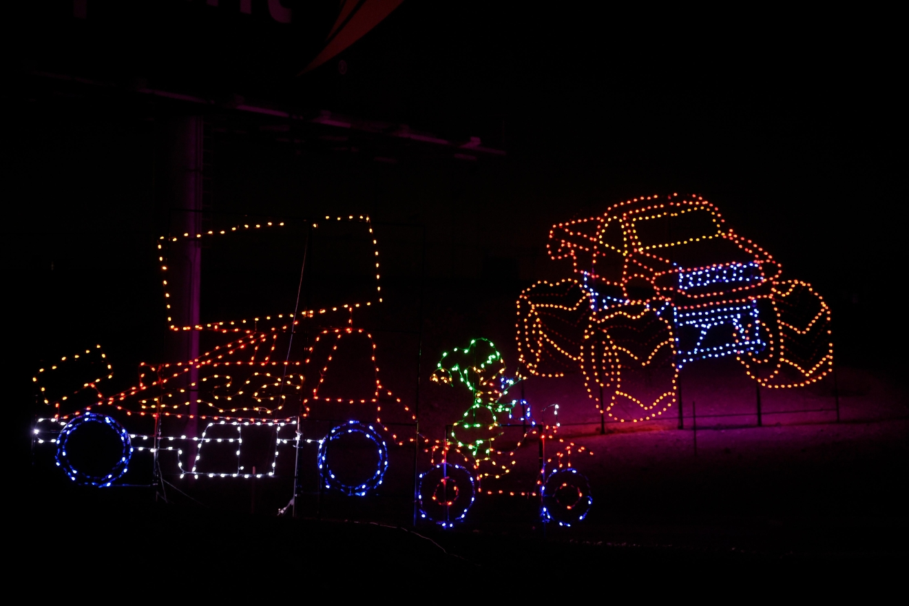 GALLERY | Glittering lights at the Las Vegas Motor Speedway | KSNV