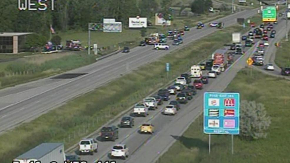 I-41 crash in Outagamie Co  injures 5   WLUK