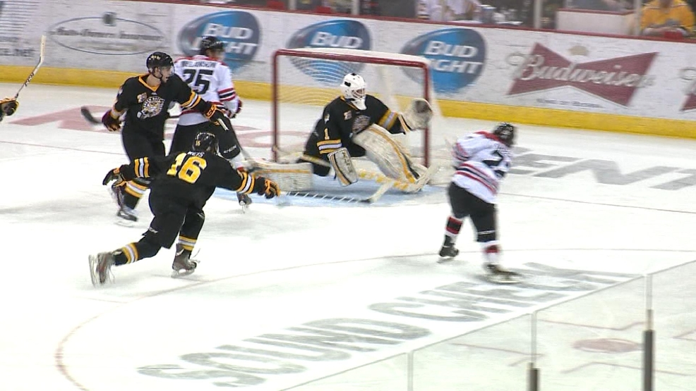 Cam Hackett of the Gamblers makes a save against Waterloo.