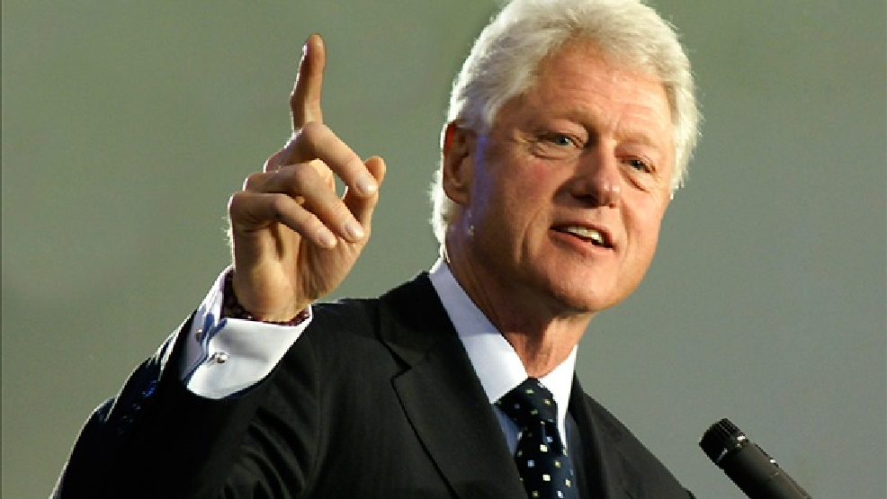 President Bill Clinton speaking in Kirwood, MO. Nov 2008.  (Photo by Timothy K Hamilton, Photo Credit: Courtesy: Flickr)