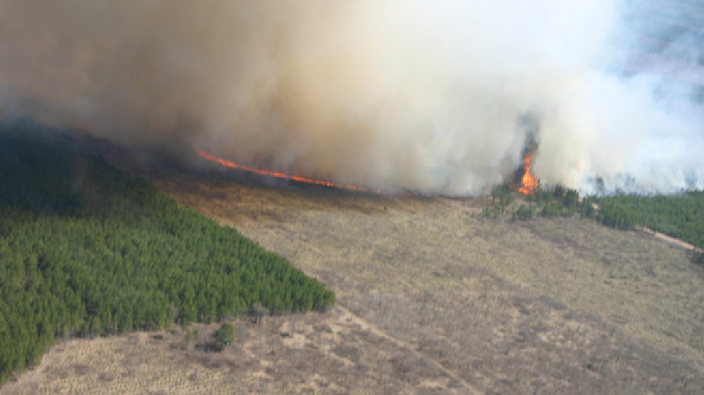 The Germann Road Fire burns in Douglas County, May 14, 2013. (Wisconsin DNR)