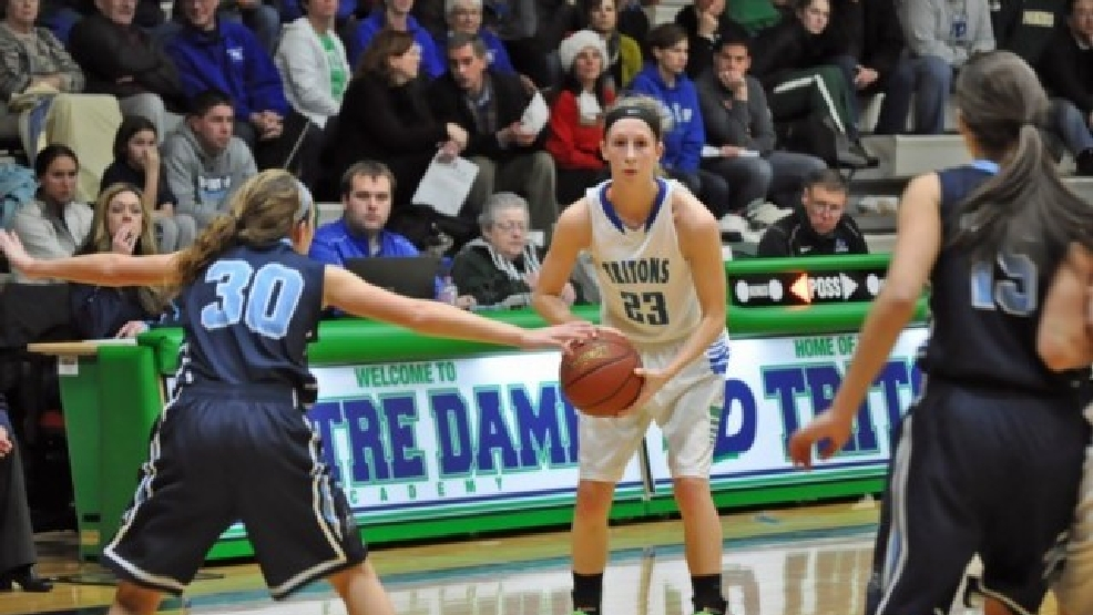 Having a point guard like Notre Dame's Allie LeClaire can take a team a long way in the postseason. (Doug Ritchay/WLUK)