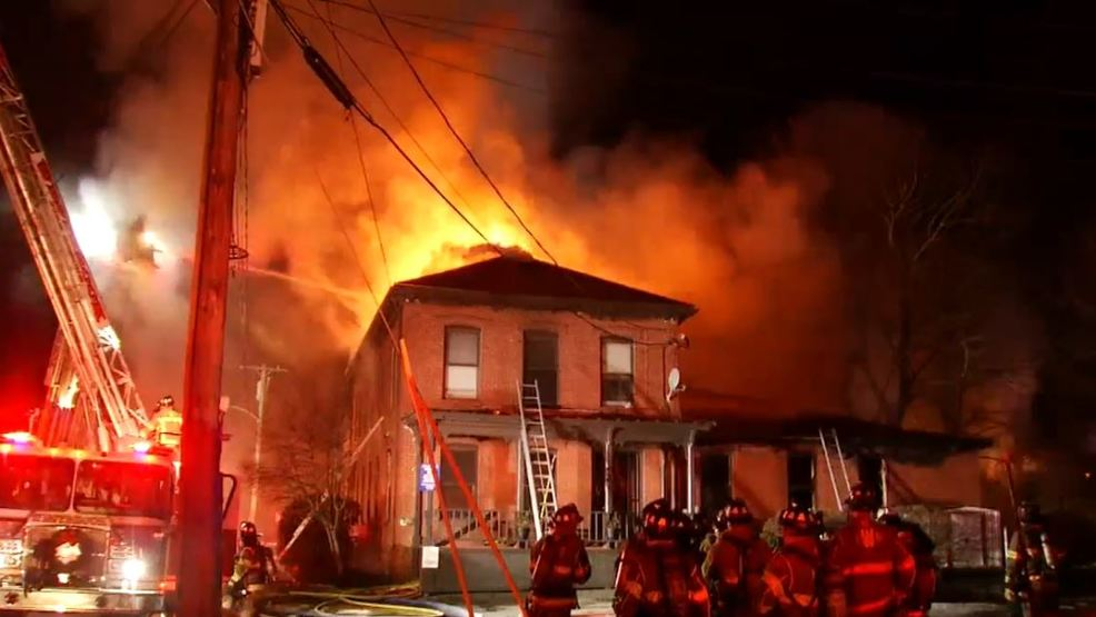 westbrook fire destroys dentist office leaves 5 without a home wgme