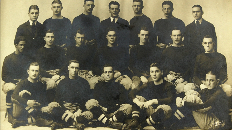 The 1916 Brown Bears football team with Fritz Pollard, far left second row. (Courtesy Brown University Archives)