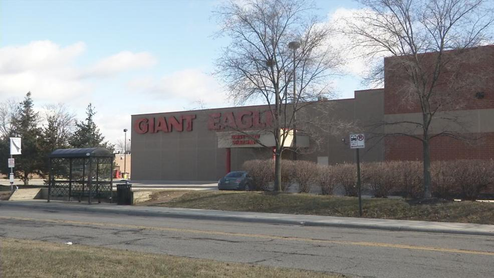Giant eagle closures impacting some shoppers in northeast for Fish store columbus ohio