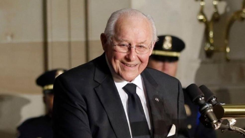 Congressman Bob Michel passes away at 93; state officials ...
