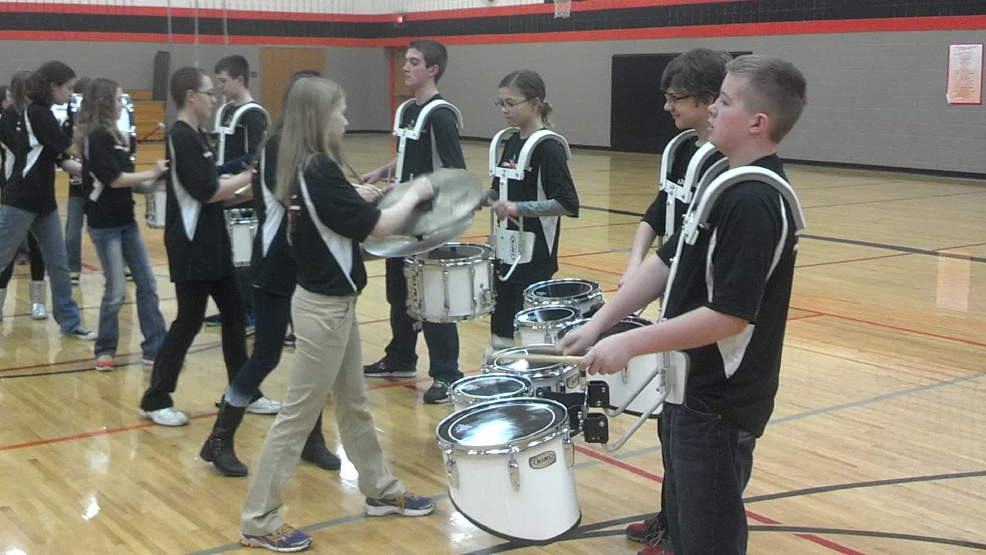 ONLINE EXTRA: Phantom Drumline practicing