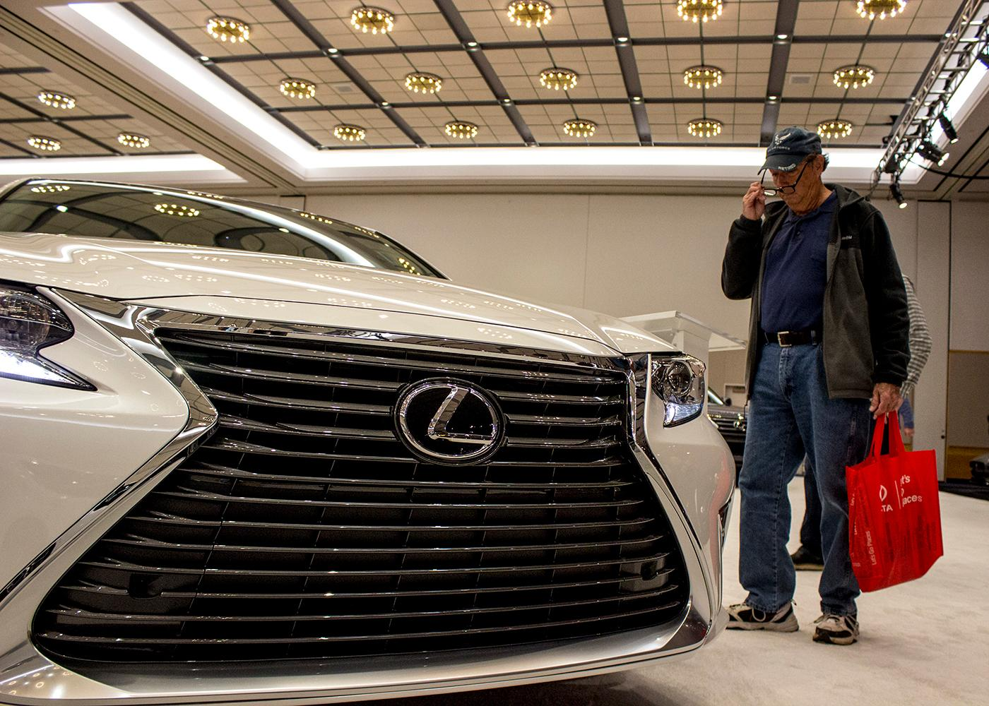 Lexus 2018 ES 350 - The Portland International Auto Show began at the Oregon Convention Center on Jan. 25, 2018. The event drew prospective buyers and others who enjoyed looking at and comparing vehicles. Photo by Amanda Butt