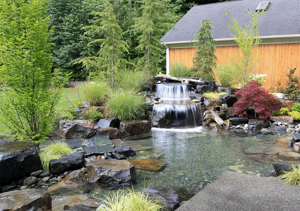 This Sammamish project was completed by Alderwood Landscaping. The total project cost was $175,000.    (Image: Sammamish Backyard Resort / Porch.com)