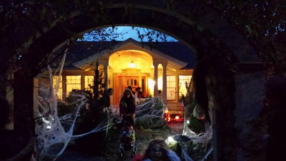 Neighbors gear up to close Vermont Avenue for West Asheville Halloween fun