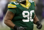Green Bay Packers' B.J. Raji runs to the sidelines during the game against the Minnesota Vikings at Lambeau Field in Green Bay, November 24, 2013. (AP Photo/Mike McGinnis)