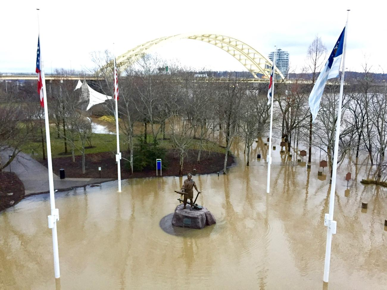 Taken on Friday (Feb. 23), the Cincinnatus Statue at Sawyer Point had formed its own island due to the rising flood waters. / Image: Leah Zipperstein, Cincinnati Refined // Published: 2.26.18